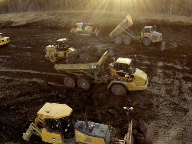 Immense fleet of GPS control machines improves project efficiency cost focused earthworks construction Cost Focused Earthworks Construction LNB Cost Focused Earthworks Construction 3 DuoTone on